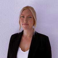 Contact Emmelina Sjöstrand