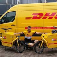 Thijs Ronhaar, fietskoerier bij DHL
