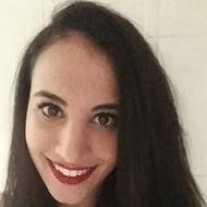 Abir Zemmouri, salesadviseur bij Tele2