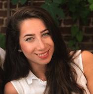 Asli Özer, Medewerker Nabestaandendesk studentenpool