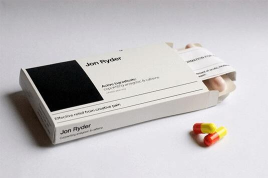 Pillenpackung als Lebenslauf